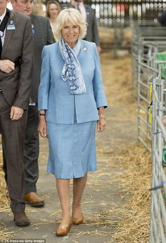 The Duchess is the President of The South of England Agricultural Society. Camilla Duchess Of Cornwall, Duchess Of Cambridge, Prince Phillip, Prince Charles, Camilla Parker Bowles, Royal Clothing, Queen Of England, Prince Of Wales, Lady Diana