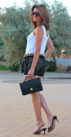 Fashion and Style Blog / Blog de Moda . Post: Chanel Style / Estilo Chanel.More pictures on/ Más fotos en : http://www.ohmylooks.com/?p=18939