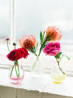 Pretty flowers: http://www.stylemepretty.com/living/2015/10/16/mocktail-4th-birthday-party/   Photography: Sara Hasstedt - http://www.sarahasstedt.com/