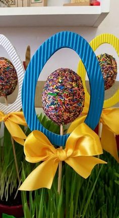 Paper Plate Easter Basket Craft for Kids – Crafty Morning Happy Easter, Easter Bunny, Easter Eggs, Easter Art, Easter Projects, Easter Crafts For Kids, Diy Y Manualidades, Basket Crafts, Easter Cupcakes