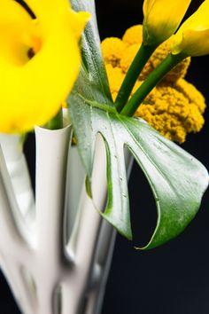 Aprilli Spiral Vase Digital Fabrication, Flower Vases, Floral Arrangements, Spiral, Create, Design, Bud Vases, Design Comics, Bouquet
