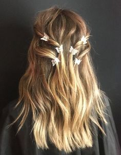 Clip Hairstyles, Pretty Hairstyles, Hairstyle Short, School Hairstyles, Natural Hairstyles, Edgy Hairstyles, Office Hairstyles, Graduation Hairstyles, Haircuts