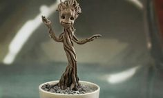 Little Groot Groot Quarter Scale Figure by Hot Toys