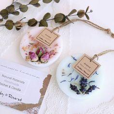 ♡Happy♡wedding♡ 一生の思い出の大切な一日に 商品をご使用いただけるなんて とっても光栄な出来事で ひとつ一つに愛情が湧いてきます♡ お二人の門出に ひっそり 華を添えられますように⸜(๑'ᵕ'๑)⸝✧*。 #chubby_round #handmade#natural#materials #aroma#sachet#aromabar #essentialoil#botanical #wax#flower#herb#dryflower #present#wedding#minne #アロマ#アロマキャンドル #ワックスサシェ#ボタニカル #自然素材#ハンドメイド #プレゼント#ギフト#引き出物 #インテリア#ぷちぷら