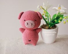 CROCHET PIG DOLL  Size: about 6 inch.   (มีแบบภาษาไทยด้วย อยู่ด้านล่างค่ะ)