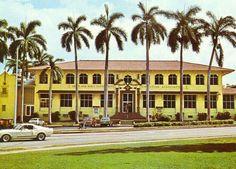 Grace y todo en Crochet: YMCA EN PANAMA DEBERIA SER UN MUSEO HISTORICO........