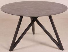 Let og elegant rundt spisebord Ø120 cm. Køb det online hos Brandi Living.