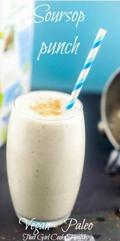 Soursop punch recipe - A thick vegan style Caribbean punch made with plant based milk, nutmeg, cinnamon, vanilla and homemade condensed coconut milk. Soursop Recipe, Smoothie Recipes, Jamaican Drinks, Jamaican Dishes, Jamaican Recipes, Guyanese Recipes, Caribbean Drinks, Caribbean Recipes, Pastries