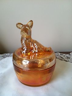 Scottie dog powder jar from the depression era.  Sold with bath powder in the 1930s - 40s.