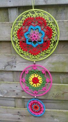 Crochet Mandala Pattern, Crotchet Patterns, Crafts To Make And Sell, Diy And Crafts, Crochet Mandela, Crochet Dreamcatcher, Crochet Dollies, Doilies, Wind Chimes