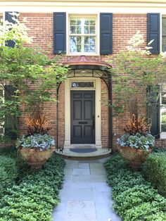 observations of a landscape designer Outdoor Christmas Planters, Outdoor Pots, Fall Plants, Green Plants, Green Landscape, Landscape Design, Winter Window Boxes, Faux Grass, Garden Works