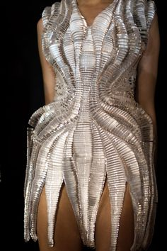 Micro Collection  Iris Van Herpen 2012