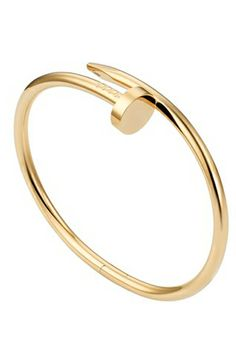 Celebrities who use a Cartier Juste Un Clou Nail Bracelet. Also discover the movies, TV shows, and events associated with Cartier Juste Un Clou Nail Bracelet. Bracelet Clou, Cartier Nail Bracelet, Cartier Jewelry, Cute Bracelets, Bangle Bracelets, Bangles, Summer Bracelets, Clou Cartier, Cartier Gold