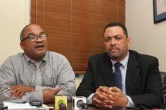 LavozSincensuraRD: Oficiales de la Policía amenazan de muerte a perio...