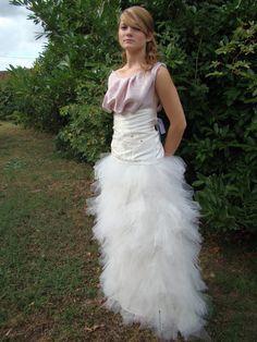 Robe de mariée T40 neuve en satin duchesse de soie