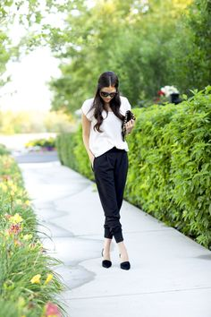 Black and white via Pink Peonies Recreate with @CAbi Clothing Edge Tee and Bianca Pant