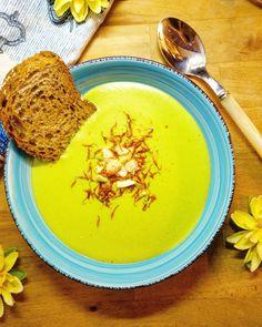 Zuppa di zucchine e mandorle
