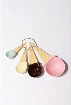 Cute ice cream cone measuring cups