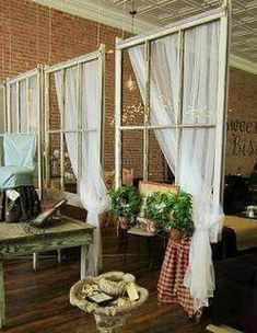 50+ Ideas for Decorating Old Windows_33