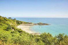 La Martinique, ses plages, son sable fin... Non, vous êtes bien à Binic-Étables-sur-Mer proche de St... - alexandre lamoureux