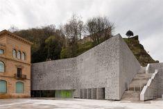 San Telmo Museum Extension - San Sebastian, Spagna - 2011 - Nieto Sobejano Arquitectos #concrete #architecture