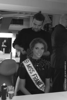 Camille Cerf, Miss France 2015 venue remettre un prix. Cannes, Music Awards 2014, Nrj Music, Franck Provost, France