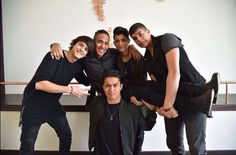 CNCO❤️❤️❤️❤️❤️ Latin Artists, Cool Bands, All About Time, Bae, Guys, Couple Photos, Boyfriends, Musica, Display