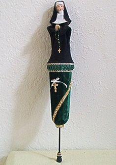 Nun pop-up puppet