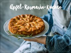 Try Apple and rosemary cake by FOOBY now. Or discover other delicious recipes from our category desserts. Cake Trends, Food Trends, Quince Jelly, Snacks Sains, Savoury Cake, Homemade Cakes, Desert Recipes, Original Recipe, Pie Recipes