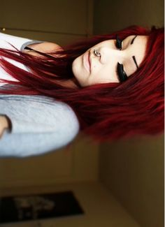 I can get the color, but I need to know how to get the cut. Uhhggg, my hair depresses me. Help?