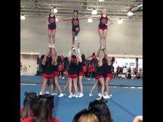 Uca Cheer Camp, Cheer Abs, Cool Cheer Stunts, Football Cheer, Cheer Coaches, Cheer Dance, Cheerleading Moves, School Cheerleading, Cheerleading Pictures