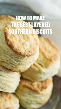 Homemade Biscuits Recipe, Biscuit Recipe, Baking Ideas, Baking Recipes, Appetizer Recipes, Appetizers, Hoe Cakes, Southern Biscuits, No Yeast Bread