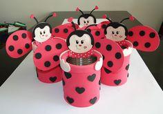 . Kids Crafts, Tin Can Crafts, Bug Crafts, Foam Crafts, Diy And Crafts, Pot A Crayon, Ladybug Party, Tin Art, Aluminum Cans