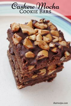 Cashew Mocha Bars - mocha cookie bars topped with chocolate and cashews.  The Ultimate Pinterest Party, Week 64