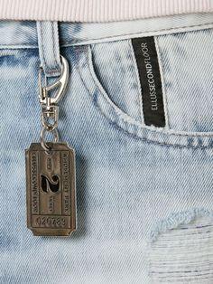 Compre Ellus 2Nd Floor Short jeans em Inbrands from the world's best independent boutiques at farfetch.com. Shop 300 boutiques at one address.
