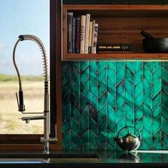 These tiles...a hint of 70\'s influence within the emerald green tone. What a way to brighten up a kitchen whilst still remaining elegant. RG:Perini Tiles #birdblackdesign #design #interior #interiordesign #home #lifestyle #kitchen #green #teal #mosaic #tile #splashback #kitchendesign #kitchentrends #wollongong #wollongongdesign by birdblackdesign
