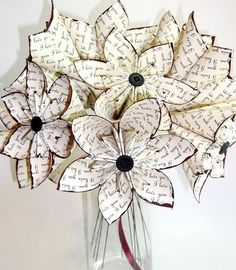 """I love you"" paper flowers."