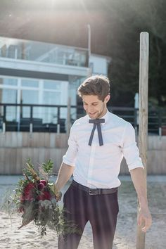 Getting married on the beach: casual groom suit – My Wedding Dream Casual Groom Suits, Casual Grooms, Relaxed Wedding, Beach Casual, Groom Outfit, Fühlinger See, Getting Married, Dream Wedding, Outfits