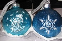 Christmas Bulb, made by LindaF from the MTC Forum, using my Snowman Filigree file