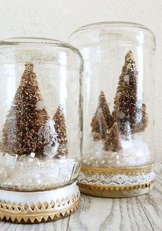 bottle brush christmas tree snow globes. love these!