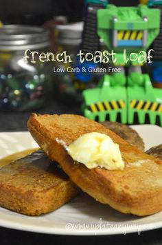 French Toast Loaf - 2 slices, 5 net carbs - (... nice and moist inside like french toast should be.  With 3/4 cup maple syrup (sugar free!) and plenty of eggs it tastes exactly like french toast. - uses almond and coconut flour