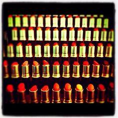Lots of lipstick!!!