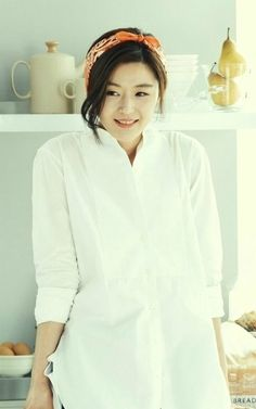 Jun Ji Hyun (Paris Baguette ad)