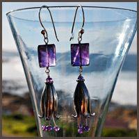 Dangling flower earrings with purple amethyst beads - Susan Roos