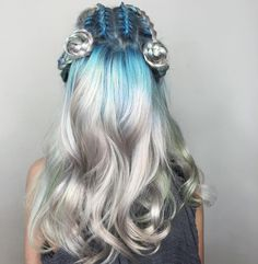 "Las Vegas Hair Artist på Instagram: ""Opalescent waves of color with braided space buns"""
