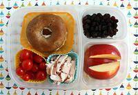 Bagel, tomato and turkey big kid lunch box