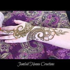 Henna tattoo design for women Henna tattoo design for women ,mendhi Related posts:Finger-Tattoos - Finger-Tattoos - - Henna designs hand▷ 1001 + Ideen für coole. Henna Hand Designs, Eid Mehndi Designs, Henna Tattoo Designs, Indian Henna Designs, Modern Mehndi Designs, Mehndi Design Images, Beautiful Mehndi Design, Latest Mehndi Designs, Mehndi Designs For Hands