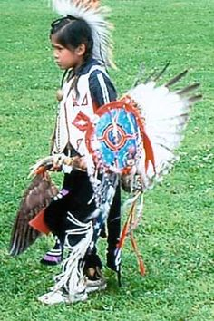 (Indian based) Ohio - The name Ohio originates from the Iroquois Indian word for good river. This Indian name was later translated by the French as La Belle Riviere (the Beautiful River). Ohio is the state admitted to the Union March Native American Tribes, Native American History, Seneca Indians, Mohawk Indians, Native Child, Iroquois, Native Indian, First Nations, Nativity