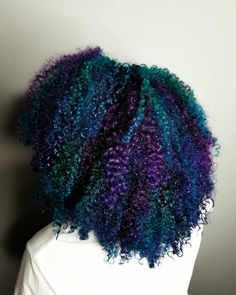 24 New Ideas Hair Color Natural Dye Curls Purple Natural Hair, Dyed Natural Hair, Teal Hair, Pelo Natural, Natural Hair Styles For Black Women, Natural Curls, Curly Purple Hair, Dyed Curly Hair, Colored Curly Hair