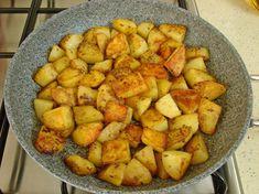 Tavada Baharatlı Patates Kızartması Tarifi Yapılış Aşaması 9/12 Finger Foods, Sweet Potato, Food And Drink, Potatoes, Healthy Recipes, Kebabs, Vegetables, Cooking, Breakfast